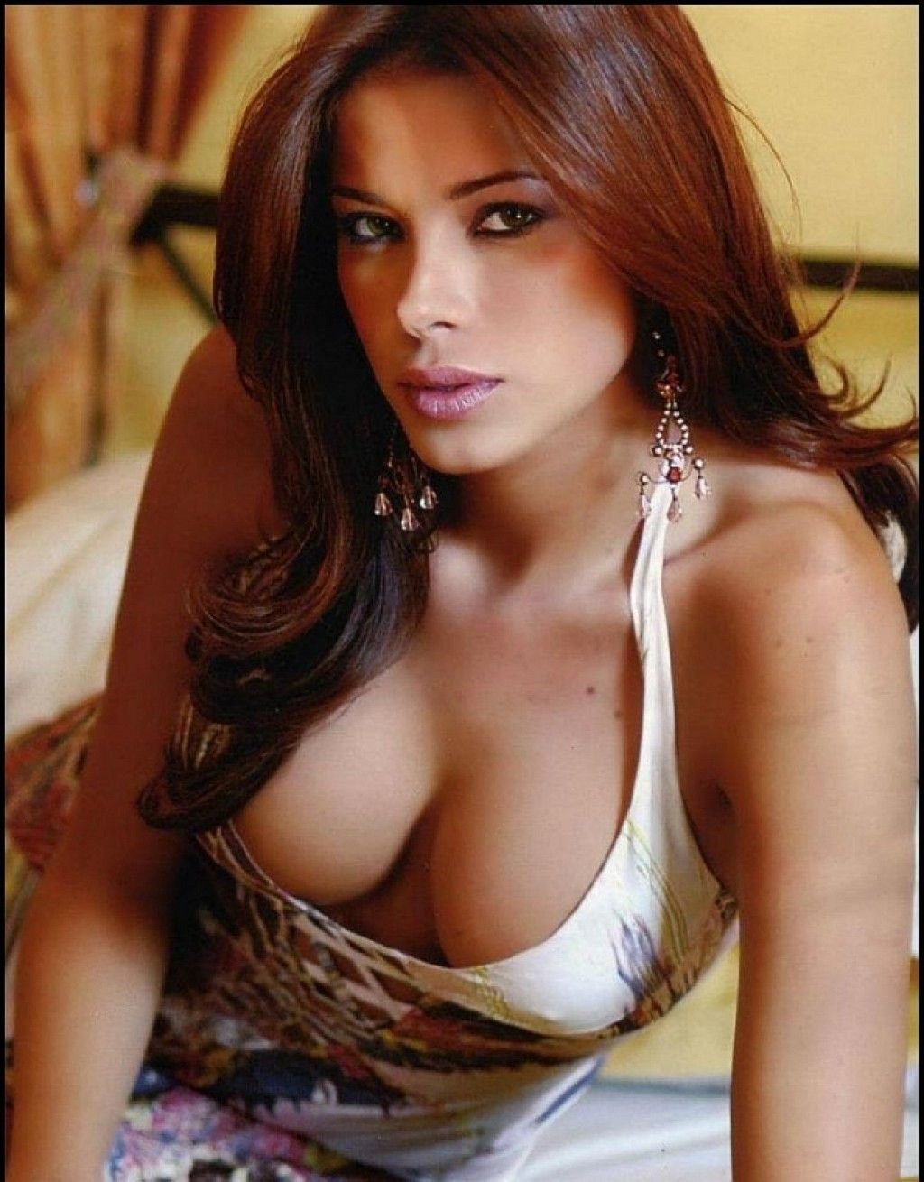 Find your hot Venezuelan women